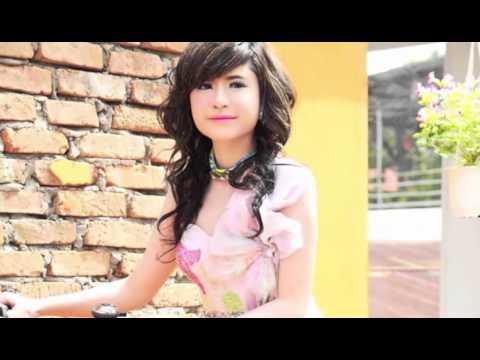 KI Media: Singer Sok Pisey involved in traffic accident
