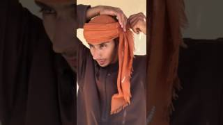 Video Shelley Dark Travel How to tie the Omani turban download MP3, 3GP, MP4, WEBM, AVI, FLV Oktober 2018