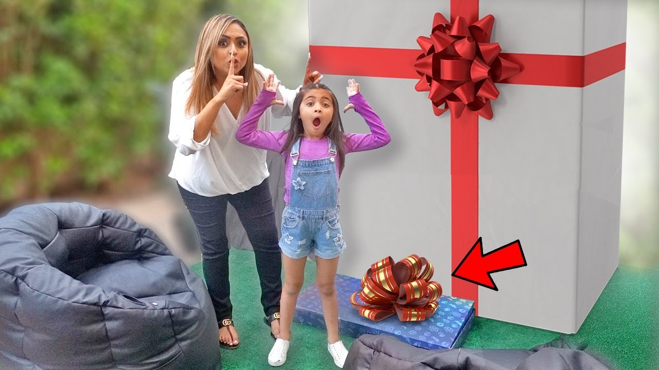 WE SURPRISED AVA WITH THE ULTIMATE AT HOME MOVIE THEATRE!!! I Ava Foley