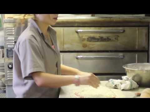 Recipe: Making Pepperoni Pizza