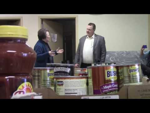 Senator Jon Tester tours Billings Food Bank