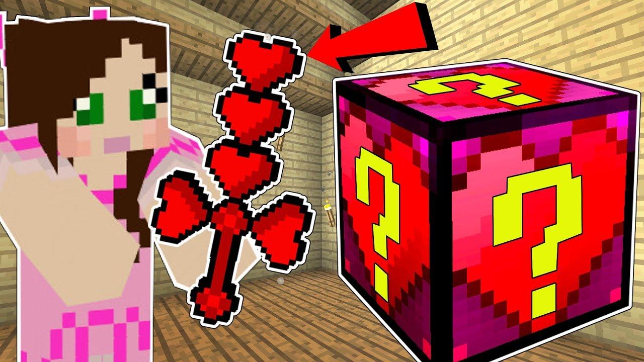 Minecraft: HEART LUCKY BLOCK!!! (EARMUFFS, HEART WEAPONS, & ARMOR!) Mod Showcase