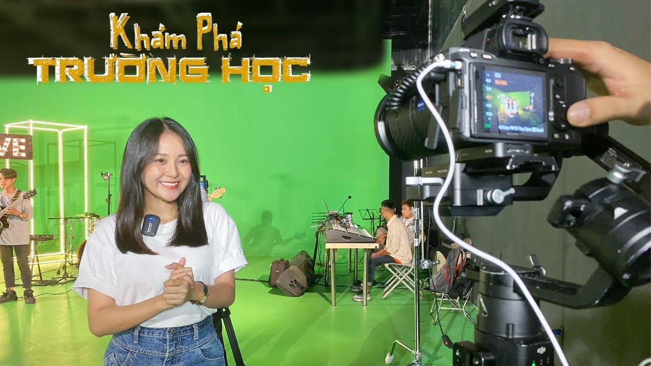 Khám phá trường học: Đại học Duy Tân nổi bật với xưởng phim xịn xò nhất, robot Lisa thông minh.
