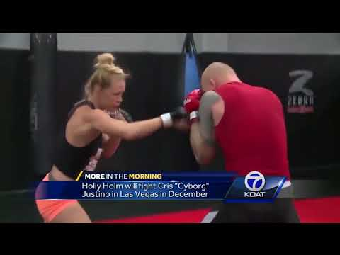 Albuquerque's own Holly Holm heading back the octagon