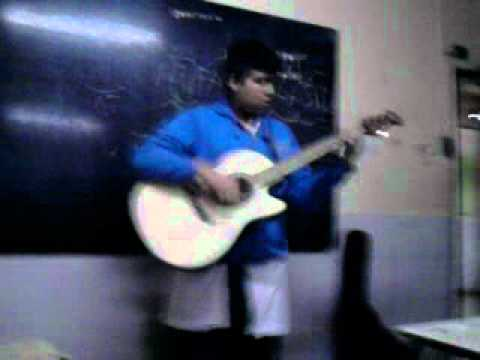 GORDO RELIGIOZO ABLANDO DE MUSICA 3XD