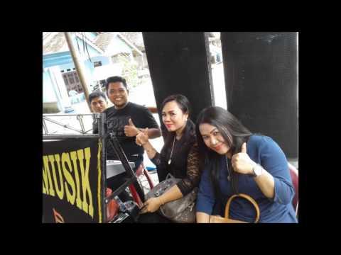 Afdola Feat Umi Nadia   Live Tanjung Jati