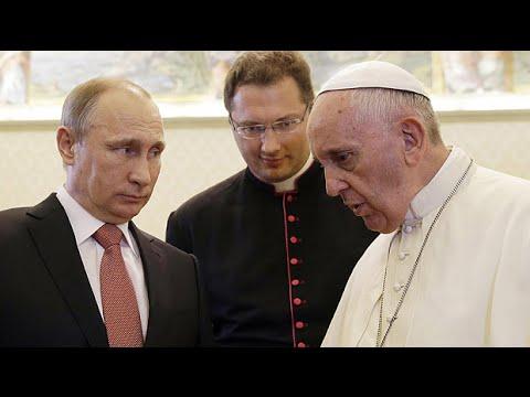 Pope Francis tells Vladimir Putin: 'Sincere' peace efforts needed for Ukraine