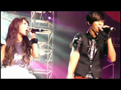 rainie yang and show luo . live ♥