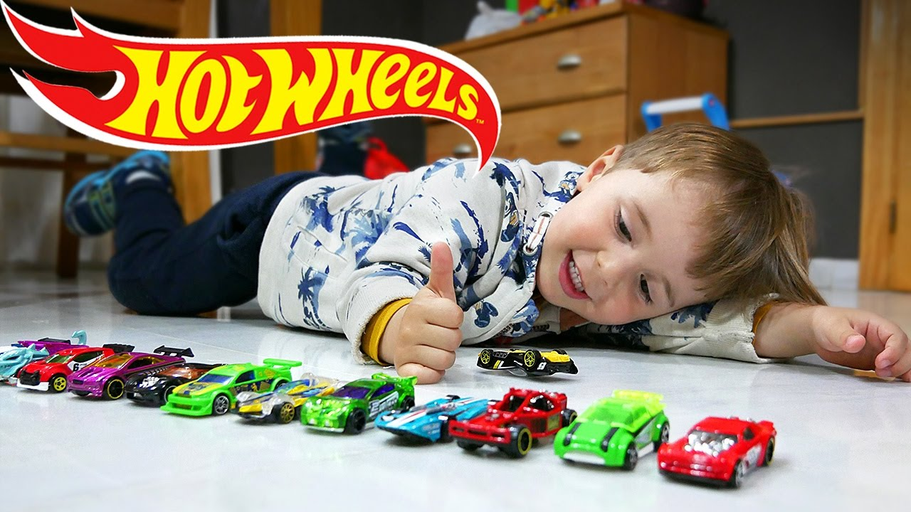 Hot wheels toy cars marcos birthday hot wheels toys for Bureau cars toys r us