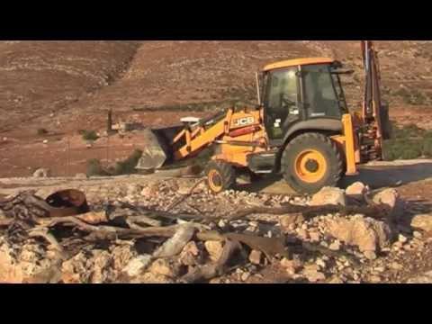 Israeli army demolish electric network in Tawayel village 29 sept 2014