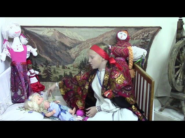 Изображение предпросмотра прочтения – ЛилияКолесникова читает произведение «У кроватки» М.И.Цветаевой
