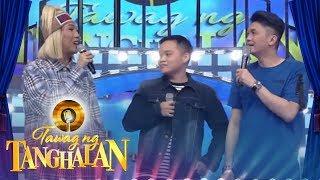Vice Ganda pokes fun of Vhong Navarro's nose
