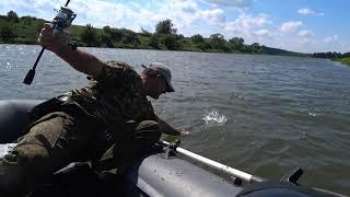 Это жесть Щука поймала рыбака 22 30 Рыбалка на Оке