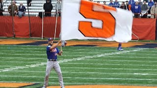 Noah Syndergaard waves white flag to befriend Syracuse