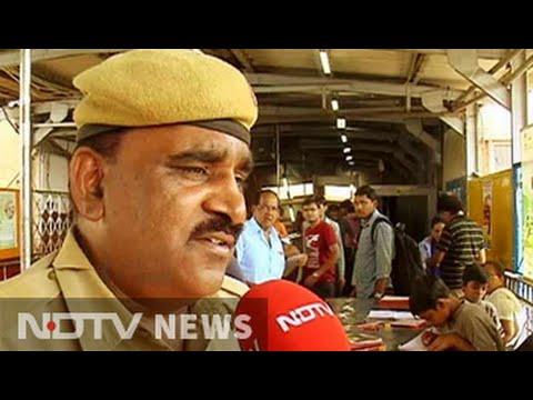 'Platform pathshala': This policeman strikes a 'deal' with slum kids