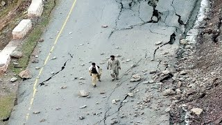 Afghanistan Earthquake 2015 | 7.5 Magnitude | Tremors Felt in Delhi & North India