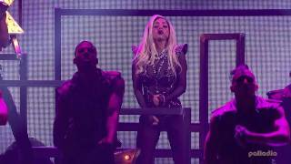 Lady Gaga - Bad Romance @ iHeartRadio Music Festival 2011