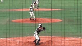 二松学舎大学付属高校 山岸育捕手 二塁への送球シーン