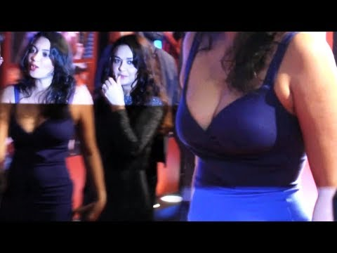Preity Zinta Hot Figure Exposed In Skin-Tight Dress thumbnail