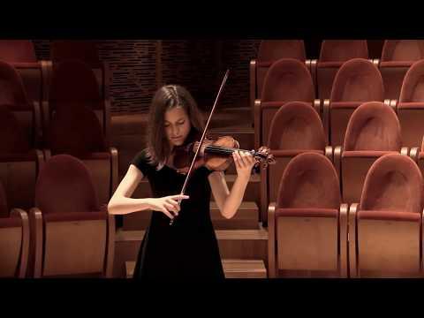 Clarissa Bevilacqua plays A.Stradivari