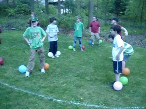 Balloon stomp game youtube for Free balloon games