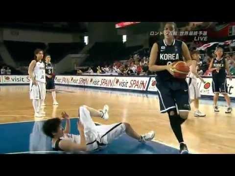 Rough play of Korea  Women's basketball  Japan VS South Korea