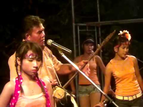 ยอดรักแสดงสดบ้านโคกเพชร(กันตรึม)8