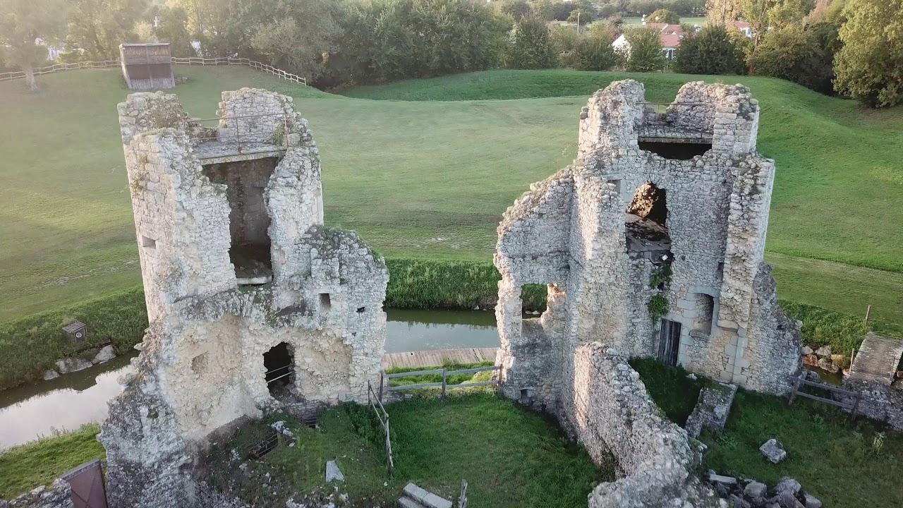 Chateau De Commequiers Vendee 85