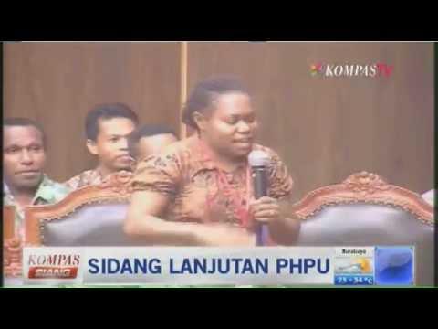 Saksi Dari Papua Mengundang Tawa - Kompas Siang 12 Agustus 2014