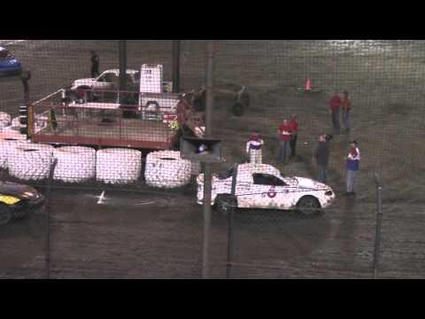 Macon Speedway Hornet Feature 9 26 15