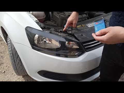 Замена лампочки ближнего света на volkswagen polo sedan за 7 минут.