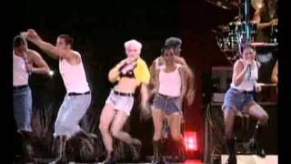 Madonna - 17. Everybody Is a Star/Everybody (The Girlie Show - Live Down Under)