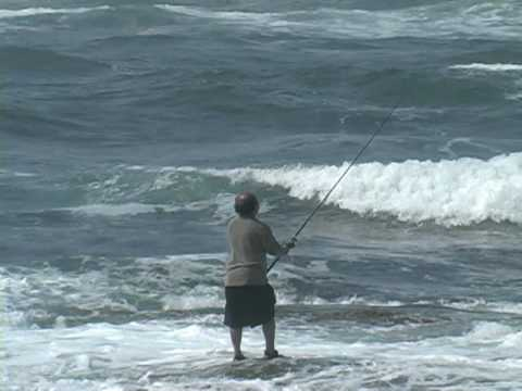 Surf fishing newport youtube for Fishing newport ri