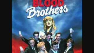 Blood Brothers 1995 London Cast - Track 5 - Shoes Upon The Table