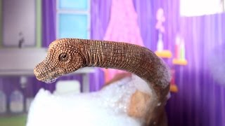 Dinosaur in the Bath song - Dinosaur songs for kids - Bubble bath play - Schleich Brachiosaurus dino