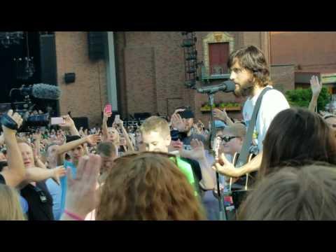 Jared Leto Live (The Kill Acoustic @Starlight Kansas City)
