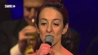 Pasadena Roof Orchestra & The Puppini Sisters - Old Cape Cod