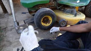 John Deere tire change LA115