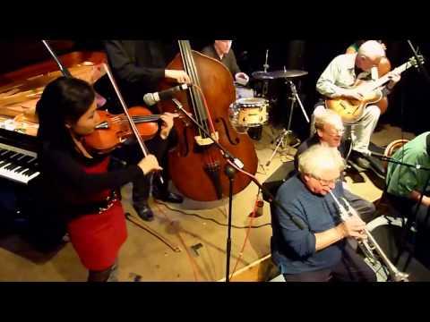 Quaqua Tutti - closing set at Mopomoso November 2010
