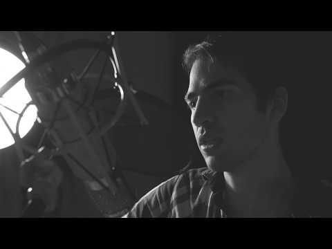Avi Jacob   B-Side Sessions   Pickup Truck (Live at Fairweather Studio)