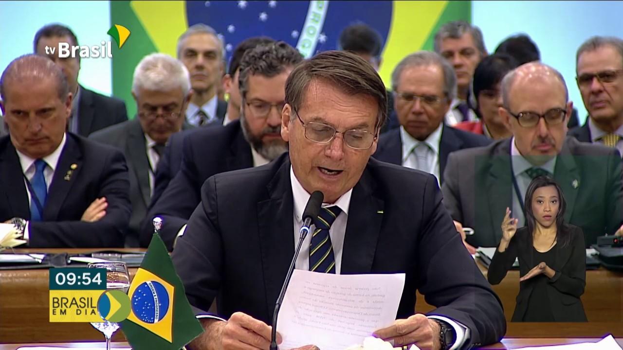 Cúpula do BRICS termina com Declaração de Brasília
