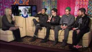 Baixar The Rave TV backstage interview with Fall Out Boy