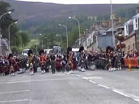 2015 Dufftown Massed Bands - 2 parade