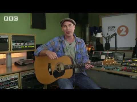 Justin 'Guitar' Sandercoe Lesson 1 - Choosing, Tuning and The Basics