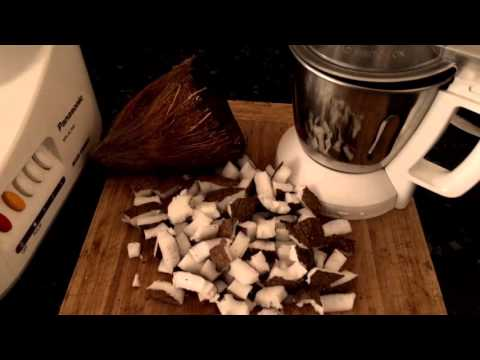 DoMe AFlavour Tips- How to make fresh grated coconut without a coconut scraper