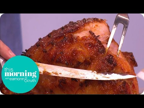 John and Lisa's Christmas Glazed Ham with Baked Camembert | This Morning