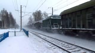 Электровоз ВЛ10-296 следует через ст. Репино.(, 2013-02-14T23:04:48.000Z)