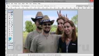 Как сделать размытый фон на фотографии в Adobe Photoshop. Простой вариант(Как сделать размытый фон на фотографии в Adobe Photoshop. Простой вариант. Бесплатный видеоурок Дмитрия Кашканова...., 2013-12-11T12:45:45.000Z)