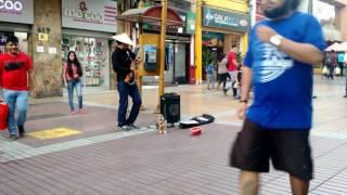 Guitarrista urbano Antofagasta, interpreta cumbia de los Mirlos :D