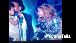 Jay Z & Blue Ivy Presents Beyonce With The MTV's  Michael Jackson Vanguard Award